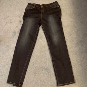 Woman's 16 TALL jeans